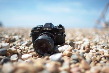Camera im Sand