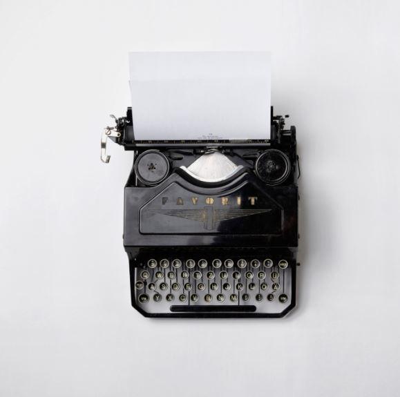 schreiben ist möglich mit Schreibmaschine