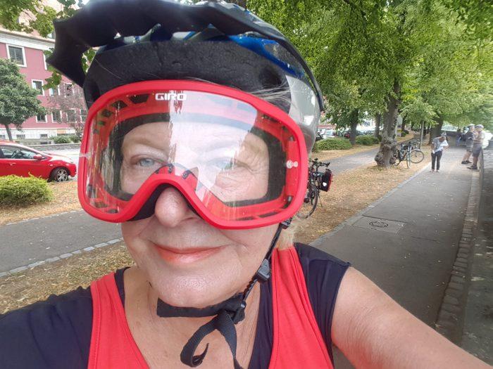 Nessa Altura nebst Helm und Brille