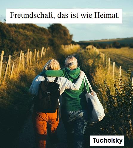 Wochenspruch von Tucholsky: 2 Freunde beim Spazierengehen