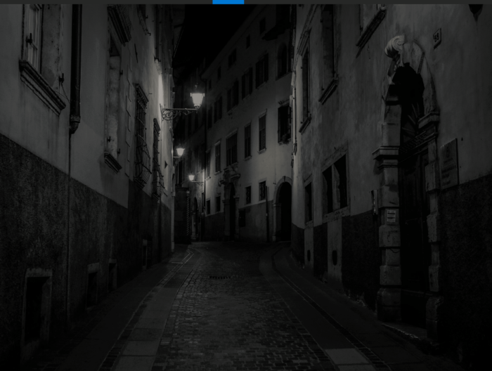 Ganz. Neu. Hier: Italienische Stadt bei Nacht